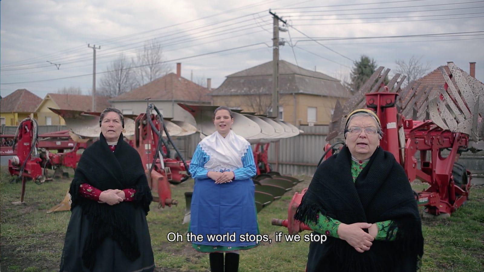 News Medley, 2020, video still © Árpád Horváth. The video is part of the project News Medley by Alicja Rogalska, Katalin Erdődi, and Réka Annus