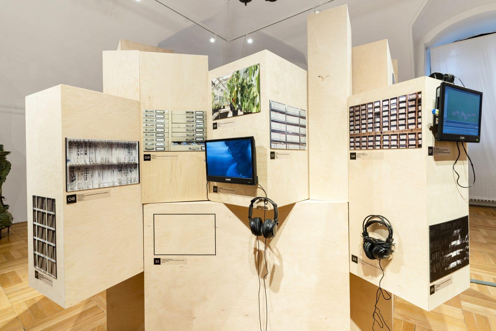 Exhibition academia (an exploratory journey). Photo: Zsuzsanna Simon